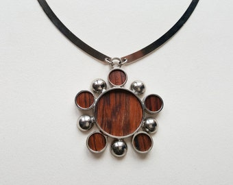 Modernist kinetic necklace / collier, 1970s (F1230)