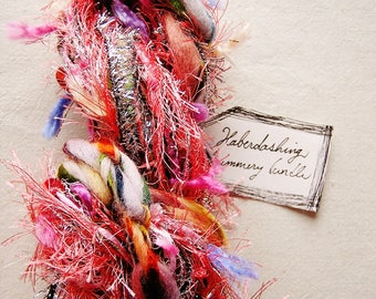 Shrimp Scampi rosa Regenbogen Pastell Fransen Girlande Neuheit Faser Garn Band Sampler Bundle