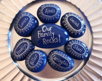 Family Painted Rocks Set, Personalized Family Painted Stones, Place Settings Rocks, Our Family Rocks, Customized Family Names