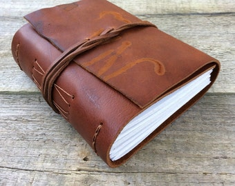 Leather journal, notebook, sketchbook. Medium. 320 pages. Gifts for writers. Brown leather journal, rustic journal