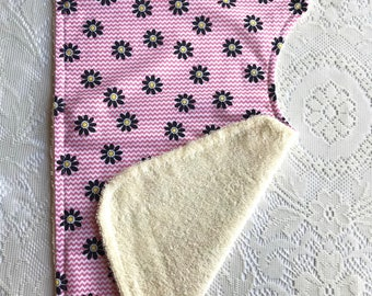 Chevron Daisy Contoured Burp Cloth