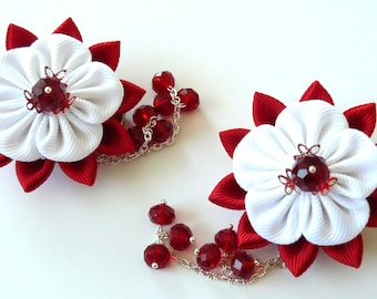 Kanzashi  Fabric Flowers. Set of 2 hair clips. Red and white kanzashi.