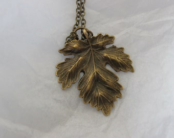 antique bronze maple leaf charm necklace