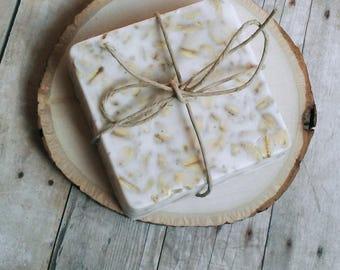 Honey Oatmeal Soap, Goats Milk Soap, Exfoliating, Natural, Gifts, Favors, Scrub, bath and body, soap bar