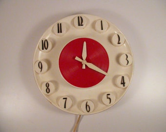 Spartus Red and White Mid Century Wall Clock, MCM wall clock