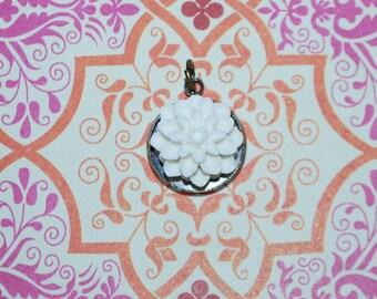Medallion white dahlia