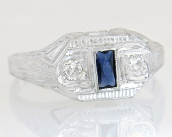Antique Vintage Estate .25ct Genuine Diamond & Sapphire 18K White Gold Art Deco Ring 3.8g