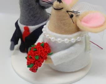 Wedding cake topper, Mice cake topper, Felt mice, Mr and Mrs, Cute cake topper, Wedding, Bride and groom,