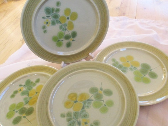 Like this item? & Franciscan Earthenware Pebble Beach Dinner Plates HTF Very