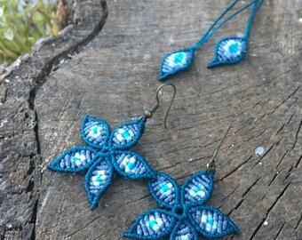 Macramé flower earrings