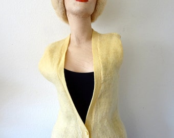 1960s Wool Sweater Vest / Vintage Pale Yellow Knit Top / XS S