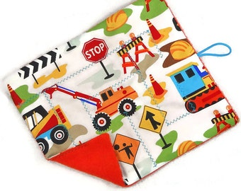 Construction trucks marble maze game, roll up cloth maze Level 1 or 2, toddler learning waldorf toy, quiet play, travel, boys party favor