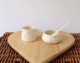 Red spot milk & sugar bowl set