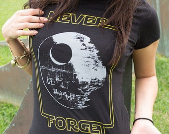 Star Wars Women's T-Shirt | Never Forget the Death Star
