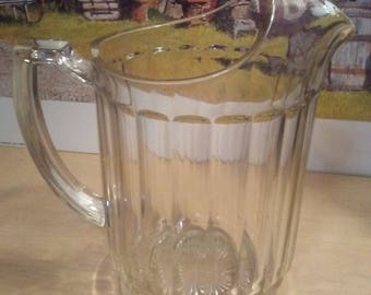 Vintage Hazel Atlas 6 cup pitcher