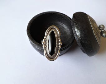 Onyx Oval Statement Ring