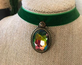 "5/8"" Kelly Green suede choker with 1 1/2"" drop pendant (multi color) with antique bronze accent."