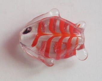 2 RED 14MM LAMPWORK GLASS FISH PENDANT BEAD