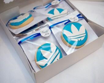 Adidas trefoil logo cookie cutter fondant