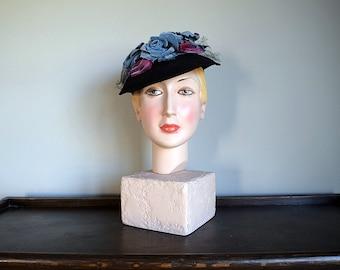 1930s tilt hat . vintage 30s 40s felt and velvet hat
