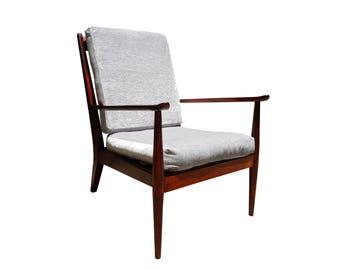 Scandinavian mid century modern easy chair