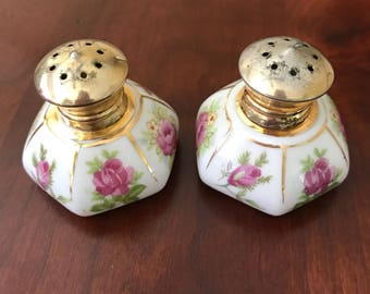 Vintage Irice hand painted hexagonal salt and pepper shakers.
