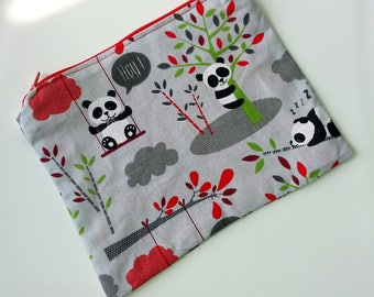 Woven Panda bag with zipper