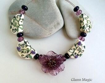 Violet Flower set of lampwork beads, glass beads, murano glass, flamework, jewelry making, handmade beads, glass flower, purple flower green