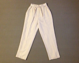 1990's, pleated front, tie waist, silk and linen pants, in white, by Jones New York, Women's size 10P