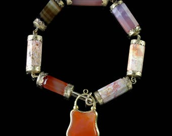 Antique Victorian Scottish 15ct Gold Agate Padlock Bracelet Circa 1860