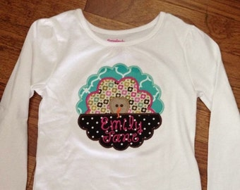 Turkey scalloped frame appliqued shirt