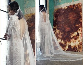 Cathedral Wedding Veil,  Light Ivory Veil, Lace bridal veil, Lace Veil, Cathedral Veil, long lace veil, Soft Wedding Veil, elegant veil