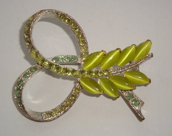 Vintage Green Lucite and Rhinestone Brooch