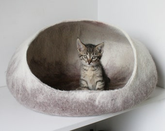 Beige Ombre White Dog bed, Cat Bed, Cat Cave, Dog Cave, Cat House, Cat Furniture / Felt Vessel, Cocoon, Felt Wool Crisp Modern Design