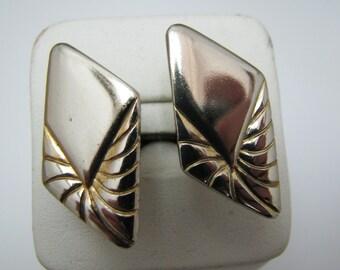 a429 Vintage Gold tone Diamond Shaped Cuff links