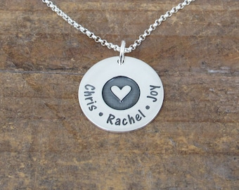 Heart Necklace, Personalized Heart Necklace, Name Necklace, Mothers Necklace, Gift for Mom, Mom Necklace, Love Necklace, Kids Name Necklace