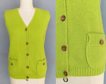 bursting / 1960s chartreuse button down sweater vest / small - medium