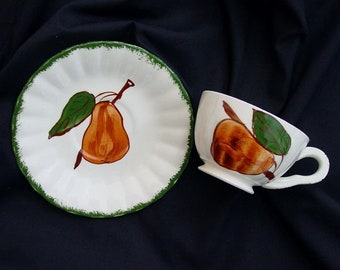 Blue Ridge Cup and Saucer Southern Potteries COUNTY FAIR Green Edge ~ Pear Colonial Dinnerware (B22) 5024