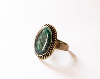 The Khaleesi Green Dragon Egg Ring - Daenerys Targaryen Stormborn Mother of Dragons-Game of Thrones Jewelry-Targaryen Jewelry-Targaryen Ring