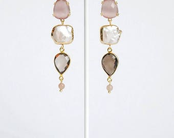 Earrings with river pearls and smoked quartz