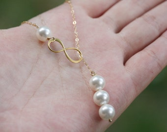 Gold Infinity necklace,Figure eight,Infinity pearl lariat necklace,Friendship,bridesmaid gift,wedding bridal jewelry,birthday gift