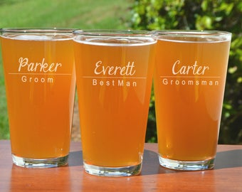 Groomsmen Glass, Best Man Gift Ideas, Usher Gifts, Pint Glass, Best Man Proposal, Personalized Beer Glass Wedding, Engraved Beer Glass