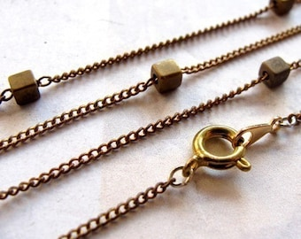 Vintage Brass Curb Chain Necklaces With Brass Cube Beads (4X) (C571)