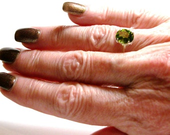 """Peridot, peridot ring, August birthstone, solitaire ring, green ring, green,   s 6 3/4   """"Jelly Bean Green"""""""