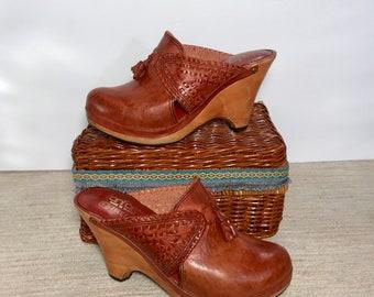 Vintage 70's Fanfares leather clogs