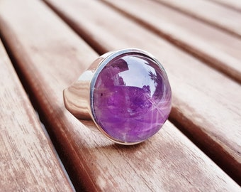Amethyst Ring, Sterling Silver Ring, Purple Cabochon Ring, Round Gemstone Ring, Statement Ring Ultra Violet Gem Ring, February Birthstone