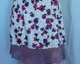 Straight skirt with lavender crochet frill sz Med