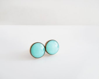 Mint Round Stud Earrings - Hypoallergenic Surgical Steel Posts