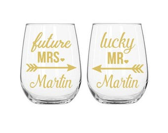 Future Mrs Decal, Lucky Mr Decal, Engagement Decal, Bride Decal, Groom Decal, Wine Glass Decal, Bridal Shower Gift, Future Mrs Gift, Wedding