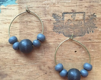 Everyday Style, the Perfect Affordable Holiday Gift! WOMEN'S EARRINGS, Beaded, Black, Gray, Wood, Brass, Lightweight, 25mm, Stylish!